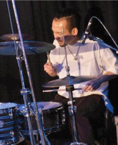村松 道尚 先生(木)ドラム